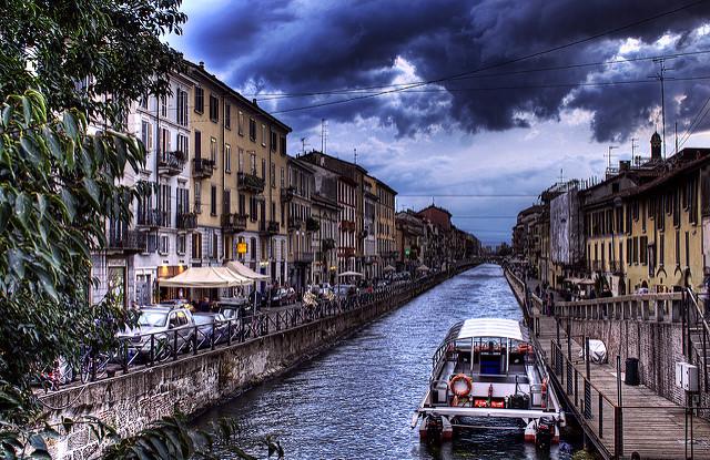 Naviglio_Grande_Antique_Vintage_Market_Milan
